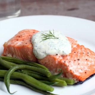 Roasted Salmon with Dill Yogurt Sauce
