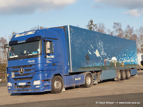 Photo: WIRTZ MP3 mit Afrika Auflieger   ----> www.truck-pics.eu