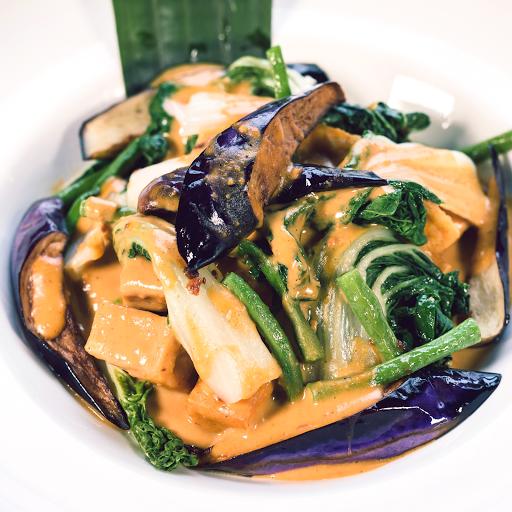 Tofu & Vegetable Kare Kare Rice Combo