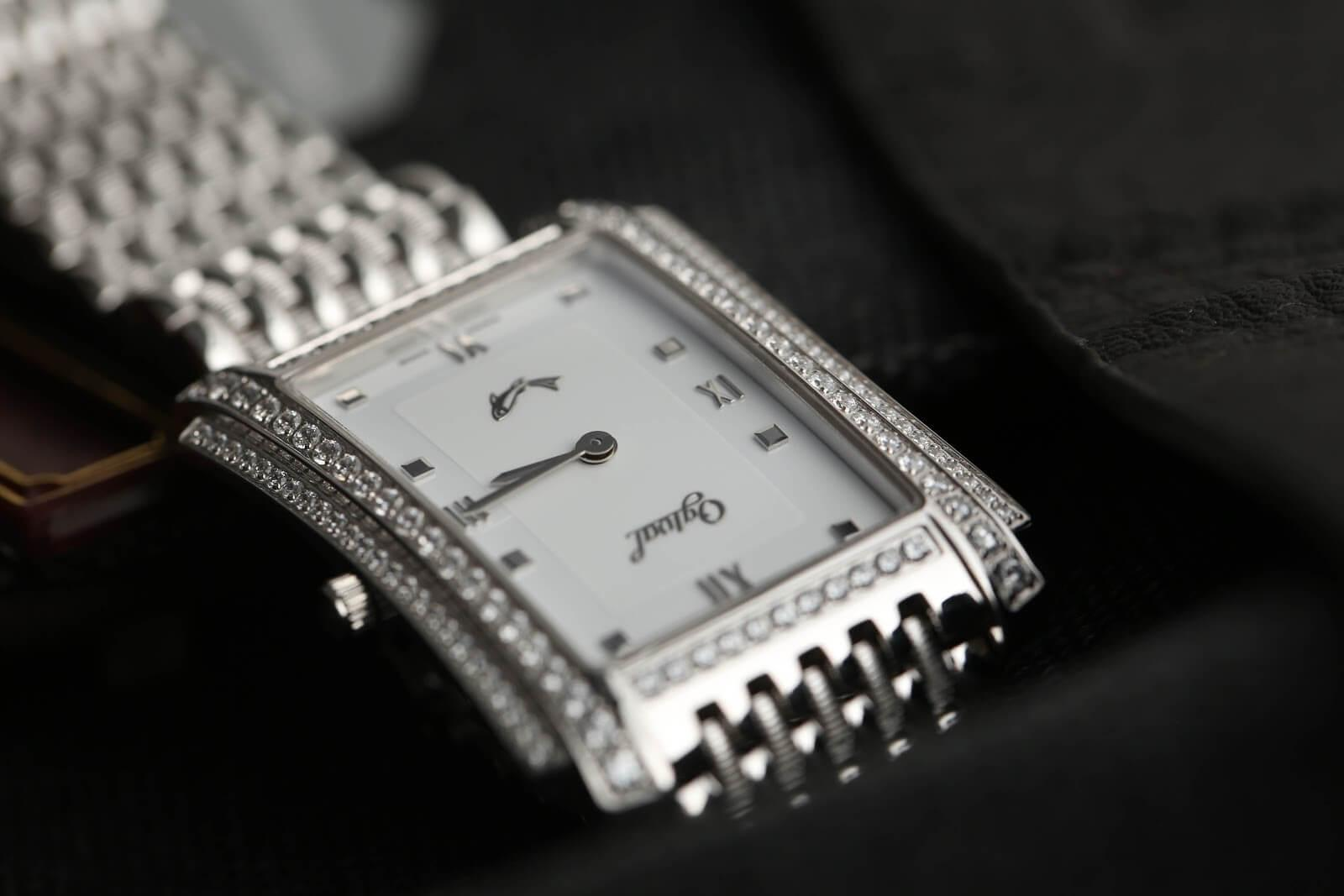 Đồng hồ Thụy sỹ sở hữu những thiết kế độc đáo