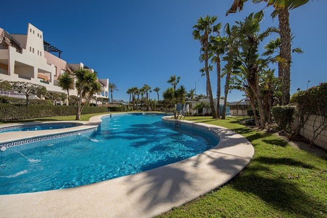 Urbanización privada en Vera Playa.