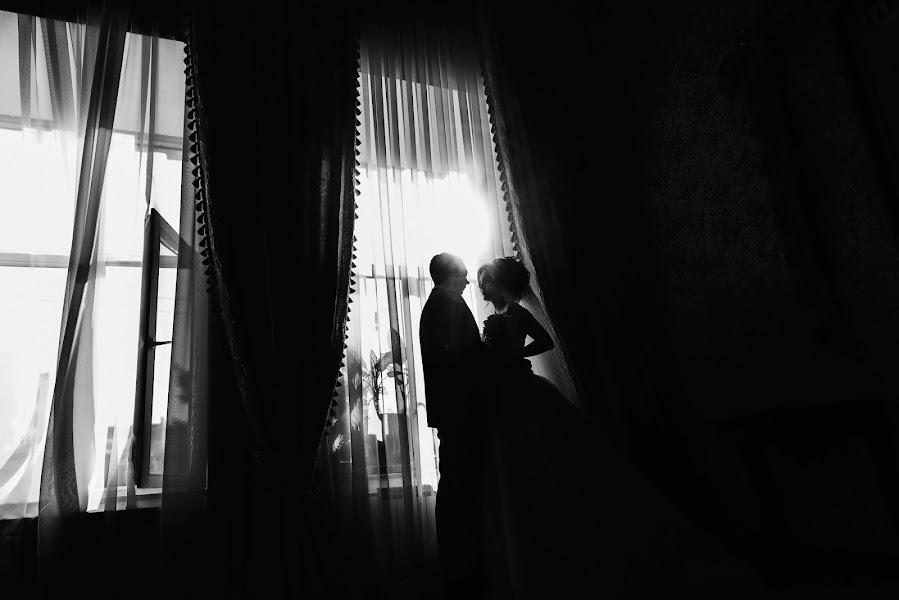 Свадебный фотограф Антон Сваровский (swarovsky). Фотография от 04.03.2019