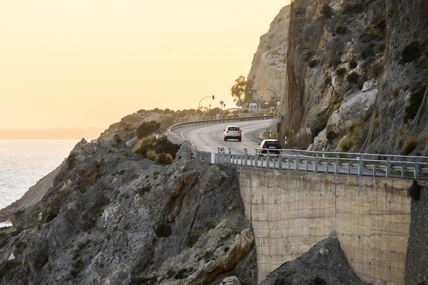 El Cañarete: pasan los primeros coches en este 2020
