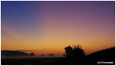Photo: Sonnenaufgang / Sunrise  26.08.2011 05:57:53