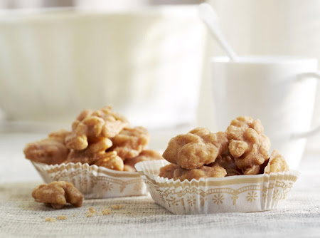 Diamond Cinnamon Glazed Walnuts Recipe