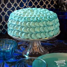 Photo: Layer Cake de Terciopelo Azul - http://lacucharitadepostre.blogspot.com.es/2014/08/layer-cake-de-terciopelo-azul-blue.html - Jon