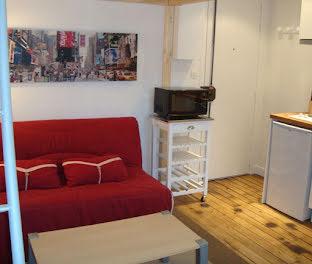 studio à Paris 10ème (75)
