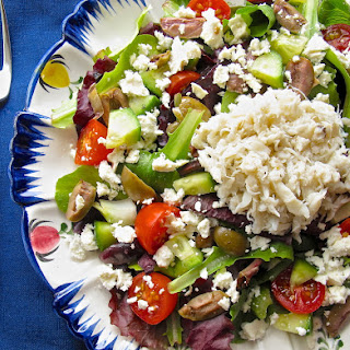 Simple One Bowl Mediterranean Salad