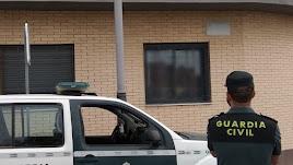 El detenido por la Guardia Civil accedía a las viviendas por ventanas abiertas.