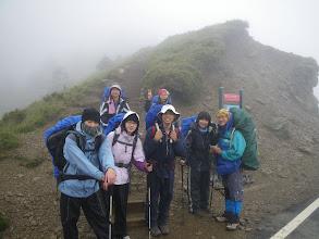 Photo: 合歡北峰登山口前的合照