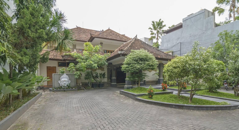 Taman Rosani Hotel & Villa