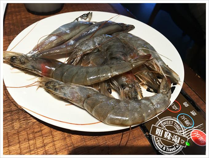 牛角燒肉蝦子