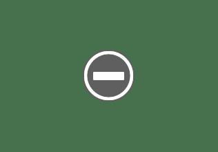 Photo: 2002 - Completo Belén simulando casas de piedra, con circulación de agua - © Ricardo Aliaga Escario