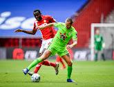 Des joueurs sans contrat s'entraînent à Lokeren