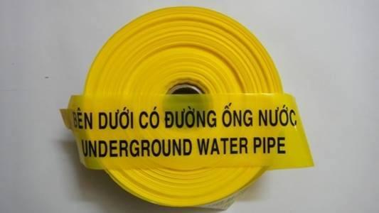 băng cảnh báo hiệu bên dưới có ống nước tại Đồng Nai