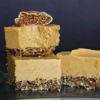 Raw Vegan Peanut Butter Fig Bars.