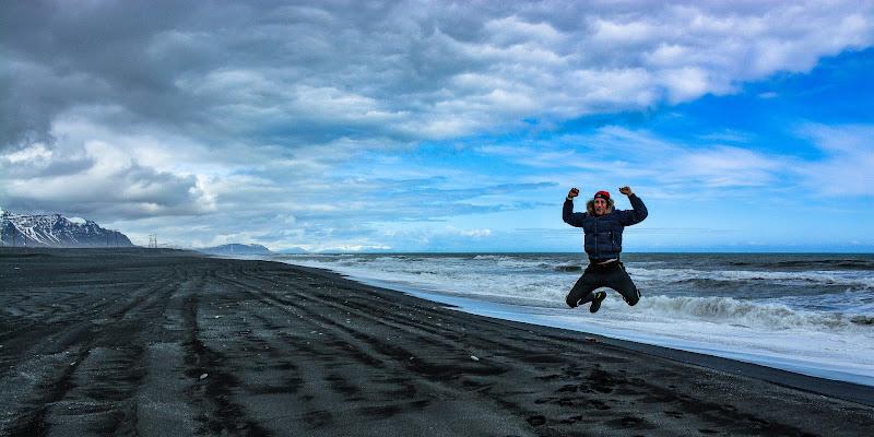Gioia: saltare di . . . .  di Paolo Scabbia