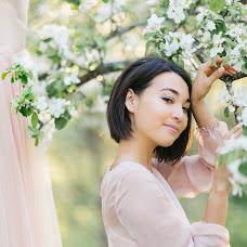 Wedding photographer Viktoriya Antropova (happyhappy). Photo of 14.05.2018
