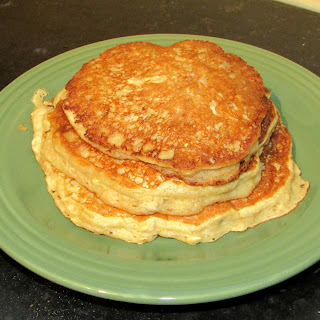 Healthy Whole Grain Banana Yogurt Pancakes