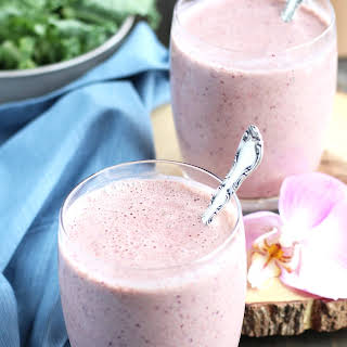 Kale and Berry Yogurt Smoothie.