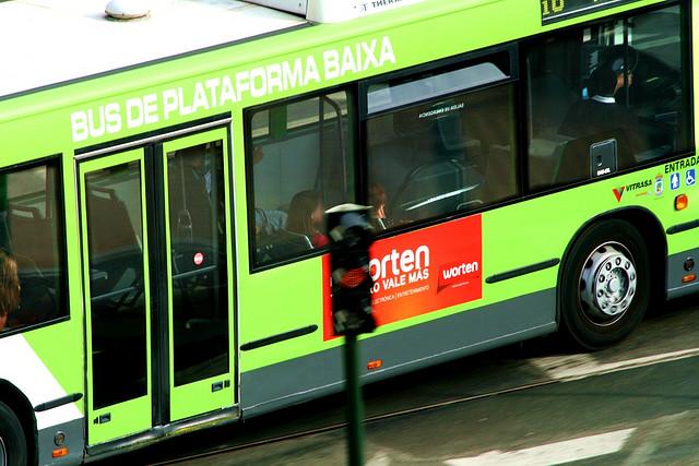 Cómo se dice autobús en español