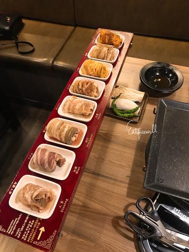 乾淨、五花肉好吃、專人服務優秀~