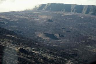 Photo: Enclos Fouqué dans le Volcan du Piton de La Fournaise