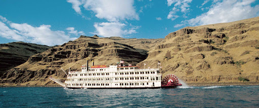 Queen-of-the-West-sailing.jpg - See natural rock formations, sweeping landscapes and rivertowns on a cruise along the Columbia and Snake rivers on Queen of the West.