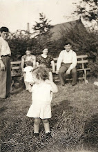 Photo: Harry Tulman, Frieda Brunn, Henry Brunn, Anna Tulman, Salo Brunn, Helene Tulman (front)