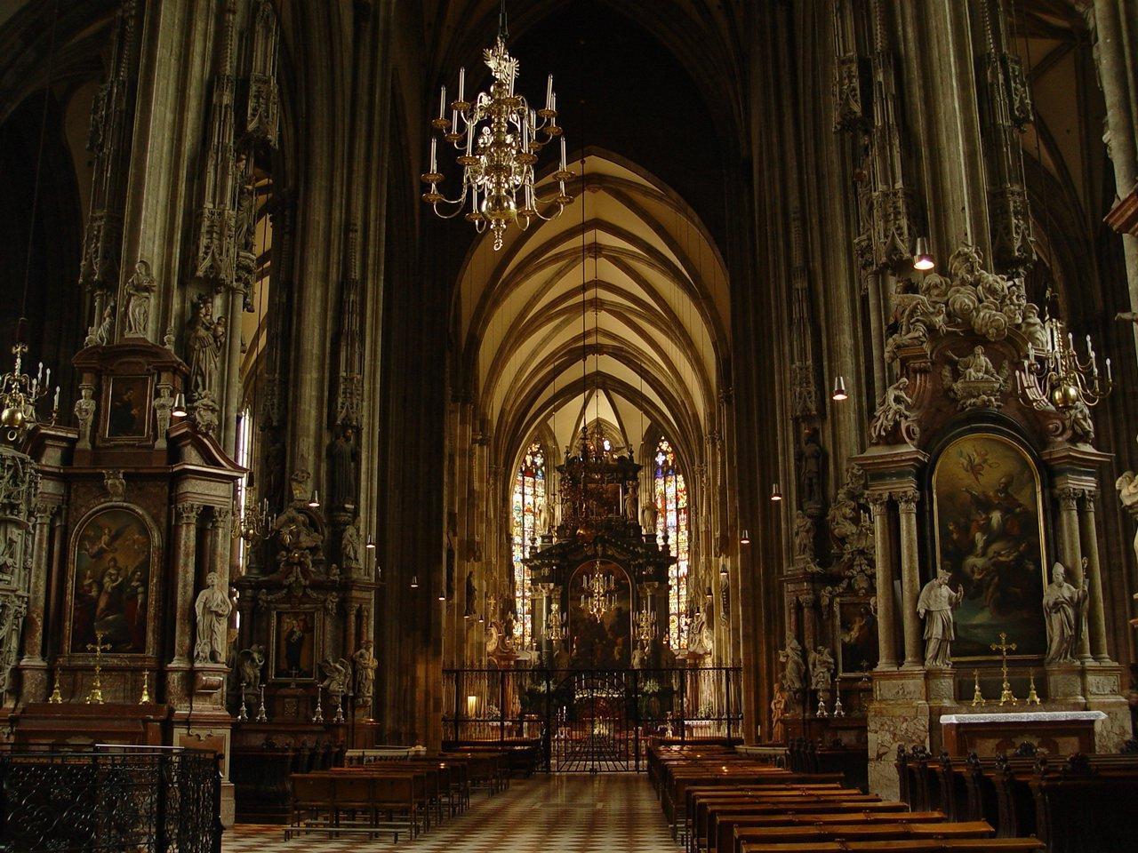 vienna-cathedral-1455322.jpg