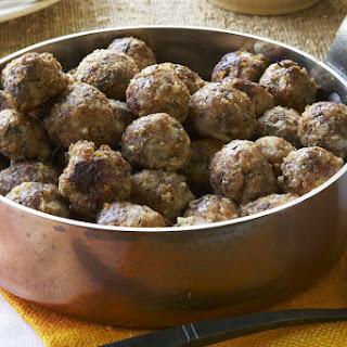 Family Meatballs with Gravy Recipe