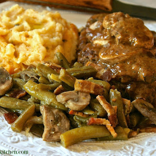 Mustard Ranch Green Beans with Bacon & Mushrooms