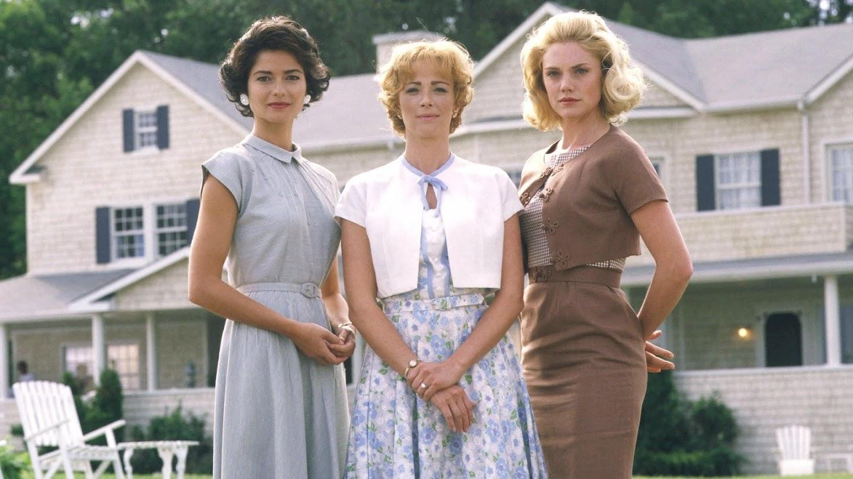 Watch Jackie, Ethel, Joan: Women of Camelot live