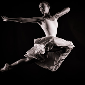 Flying by Monte Arnold - Black & White Portraits & People ( grace, poise, strenth, form, fitness, strength, beautiful, ballet, dance, , #GARYFONGDRAMATICLIGHT, #WTFBOBDAVIS )