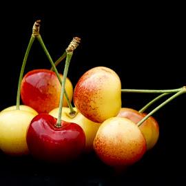 Beautiful Closeup by Inge Hawkins - Food & Drink Fruits & Vegetables ( #nature, #fruit, #cherries, #beautiful_closeup, #food,  )