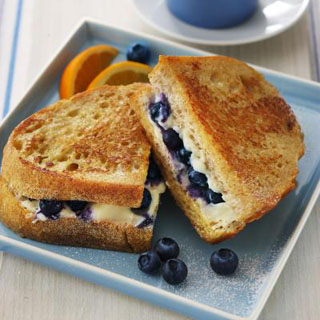 Blueberry French Toast Sandwiches By Rachel Bertone - August 29, 2012