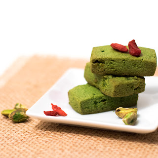 Vegan Matcha Biscuits with Pistachios
