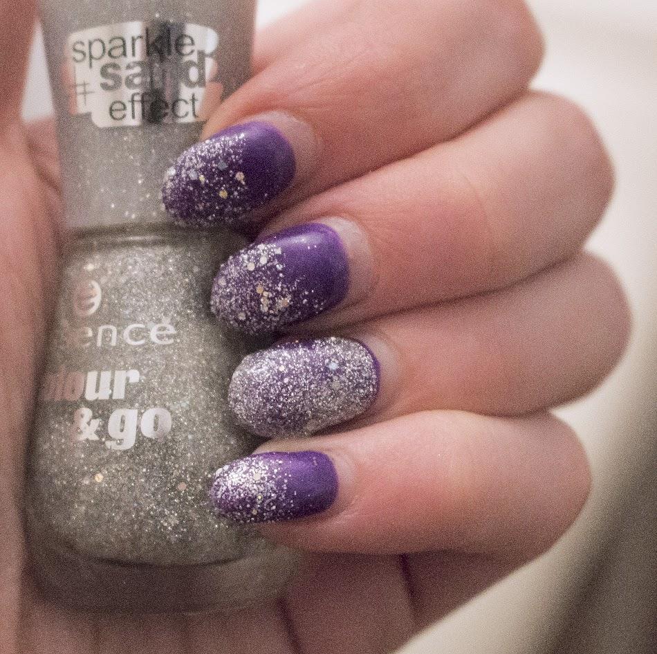 Christmas countdown // easy nail arts - Miss Prettiness