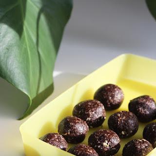 Cashew Nut Balls Recipes.