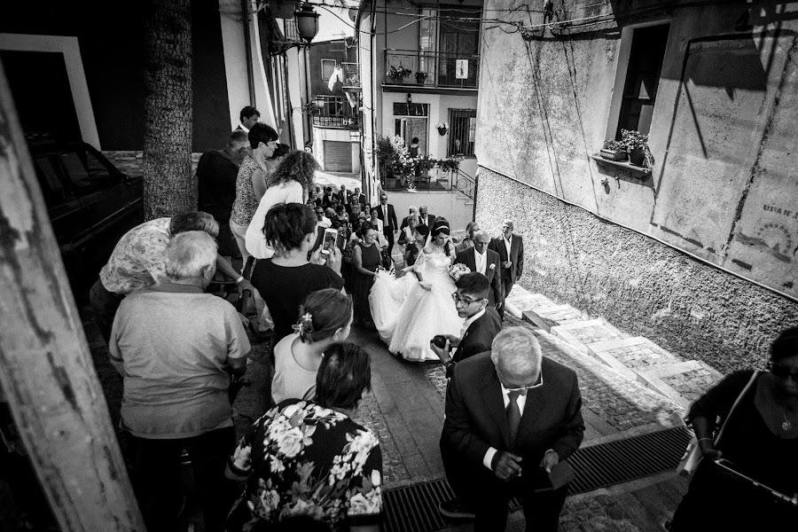 Wedding photographer Leonardo Scarriglia (leonardoscarrig). Photo of 01.08.2018