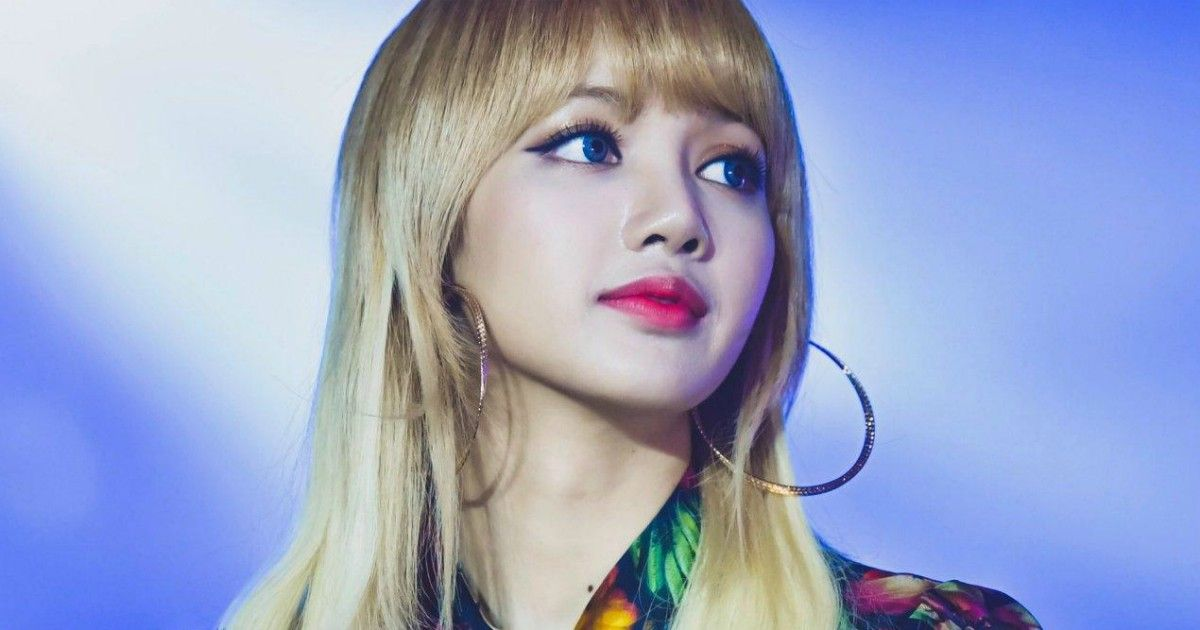 10 pictures of blackpink s lisa that shows that she s like a