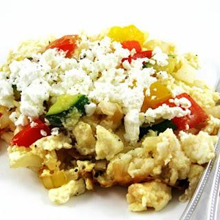 Easy and Healthy Vegetarian Egg Scramble