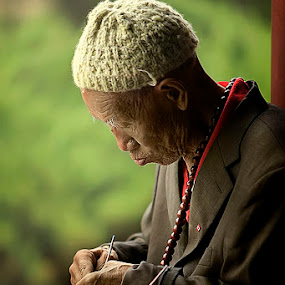 Old man at beijing by Anthony Serafin - News & Events World Events