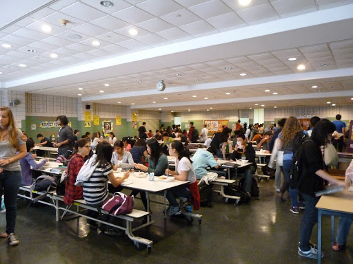 Federal government pays for New York City to expand free lunch to all students