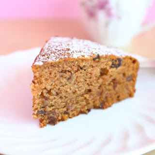 Old Fashioned Applesauce Cake.