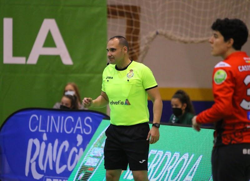 Sebas Fernández siempre concentrado en sus partidos.