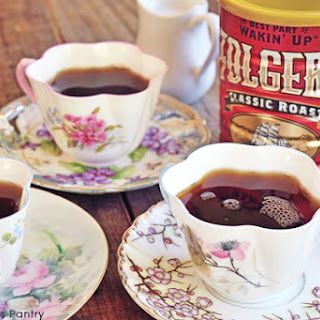 Oma's Clean Eating Holiday Spiced Coffee