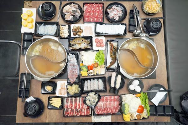 日鮮市集 台南火鍋 當日產地直送食材隨選隨煮 模擬超市採買當場調理 高檔海鮮肉品滿足餐桌豐富度