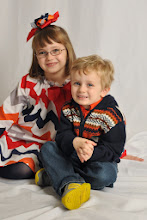 Photo: Bryon '03 and Alicia Deer '03 Zeone's children, Avery and Brennan.
