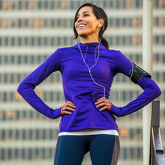 hispanic-runner-purple-jacket_0.jpg
